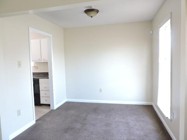 $903 Three bedroom Apartment for rent