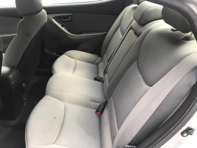 $6,895 - Beautiful 2012 Hyundai Elentra  GLS  -  GREAT DEAL L@@K !!!!