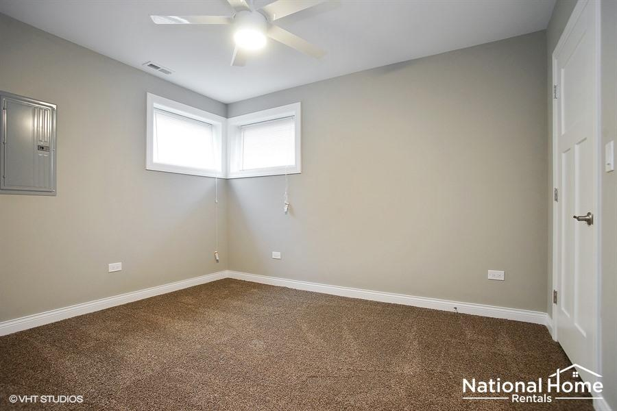 $2249 Three bedroom Apartment for rent