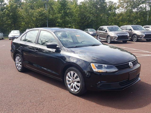 Volkswagen Jetta Sedan S w/Sunroof 2012