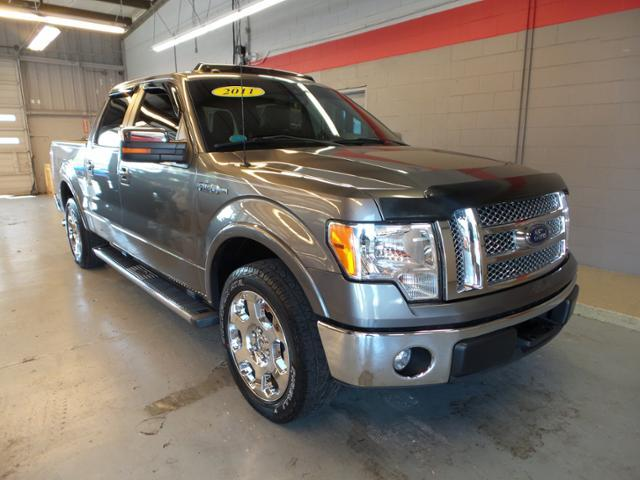 Ford F-150 2WD Supercrew 145 Lariat 2011