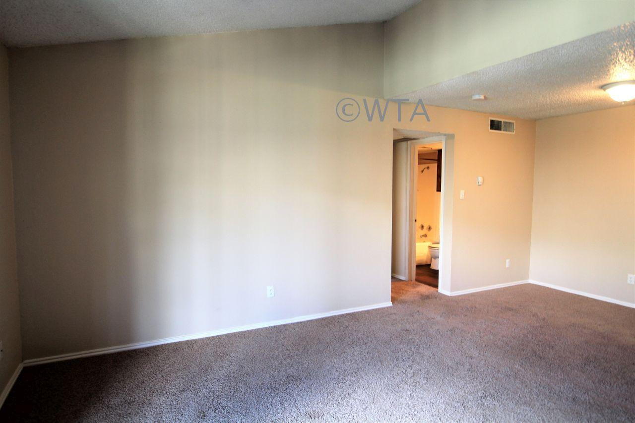 $1090 Two bedroom Apartment for rent