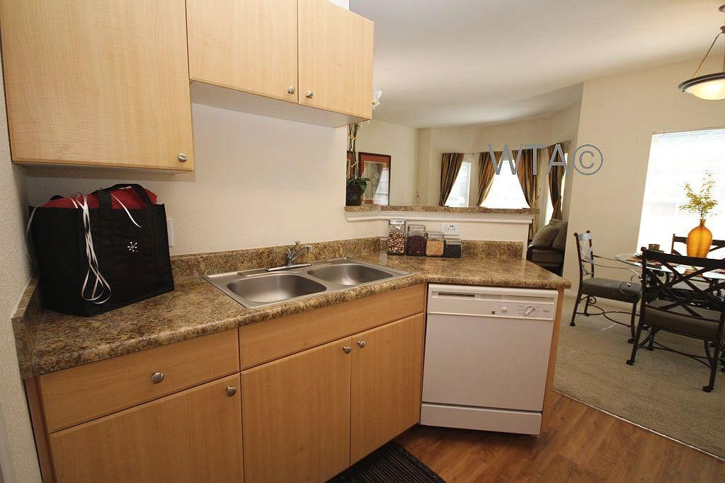 $1431 Three bedroom Apartment for rent