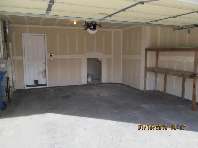 Hard to Find 3 Bedroom 2 1/2 Bath Townhouse In Nampa