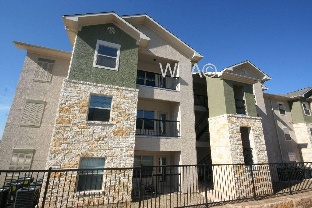 $1221 Two bedroom Apartment for rent