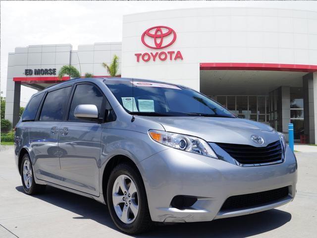 Toyota Sienna LE 2014