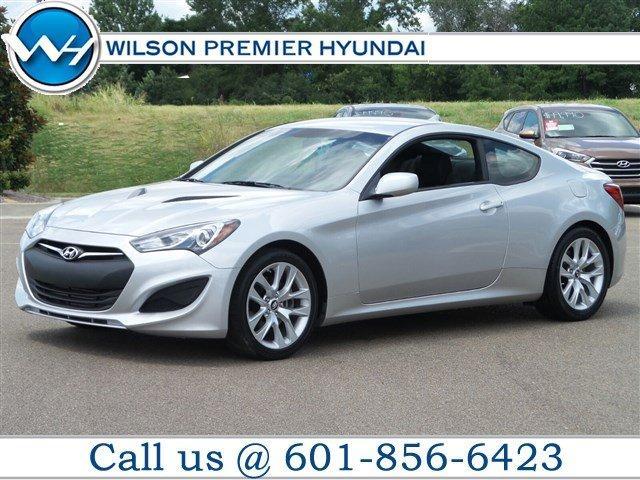 Hyundai Genesis Coupe 2.0T 2013