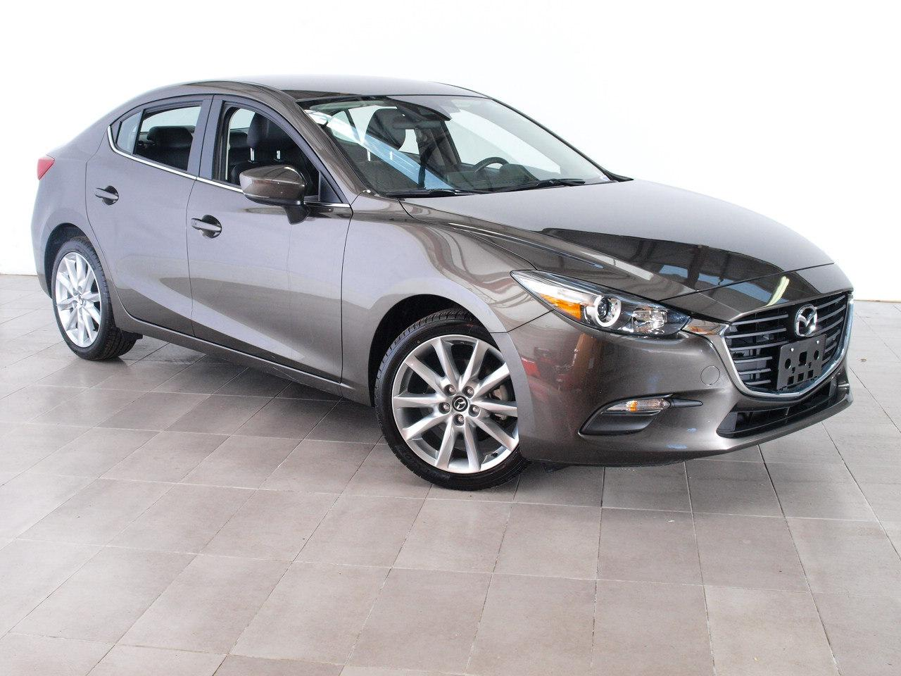 Mazda Mazda3 4-Door Touring 2017