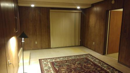 Giant Master Bedroom Suite w/private living room