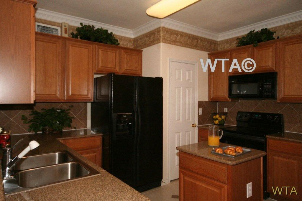 $1586 Two bedroom Townhouse for rent