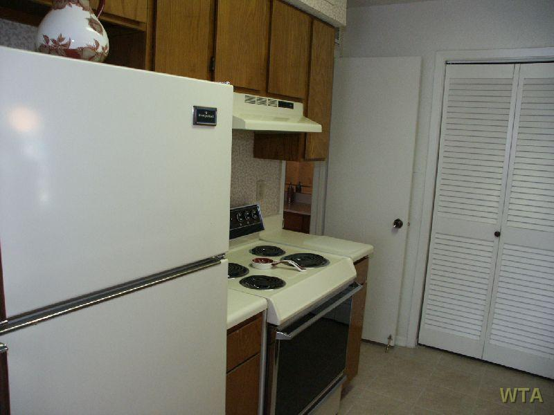 $895 One bedroom Apartment for rent