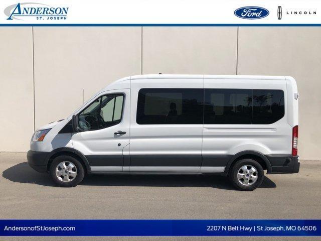 Ford Transit Passenger Wagon XLT 2018