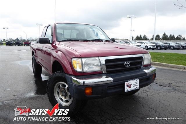 Toyota Tacoma Base 1999