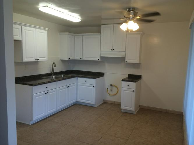 $1395 2BEDROOMS/1BATH  Moving Special, Long Beach