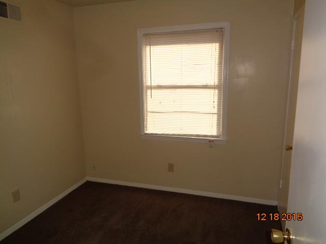 $725 Four bedroom Apartment for rent