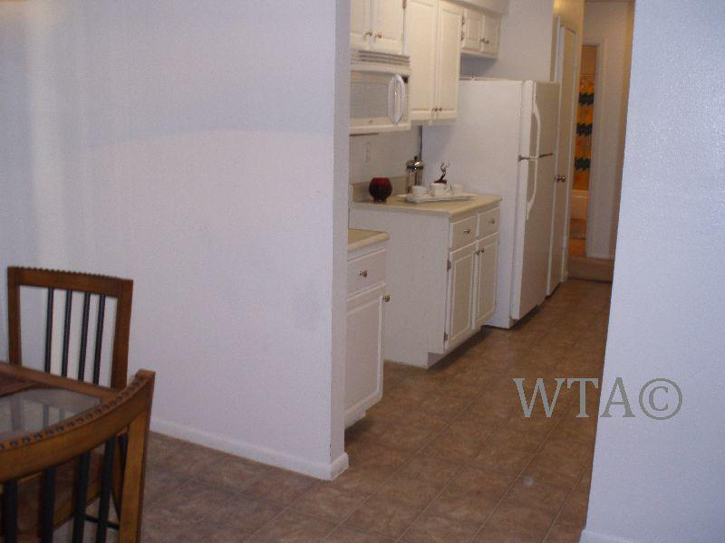 $1070 Two bedroom Townhouse for rent