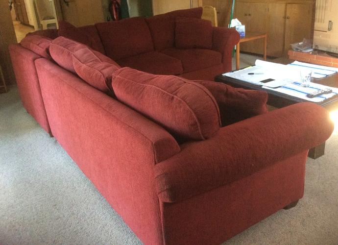 Red sectional sofa for sale in great condition
