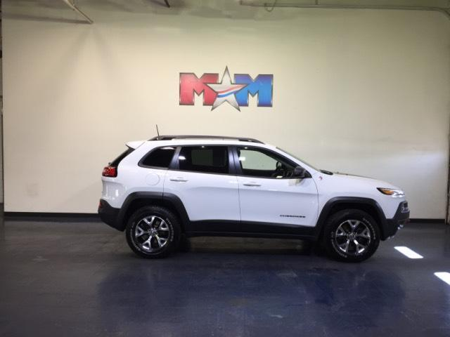 Jeep Cherokee 4WD 4dr Trailhawk 2016