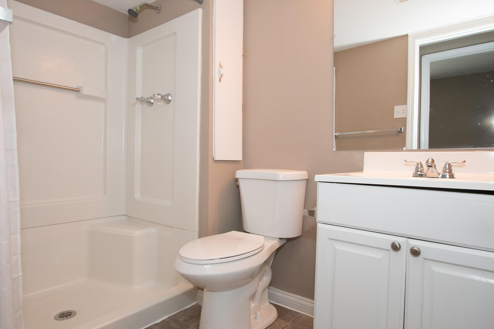 $1450 Three bedroom Apartment for rent