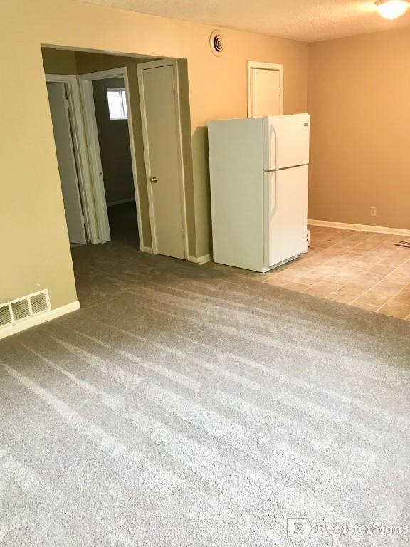 $650 Two bedroom Apartment for rent