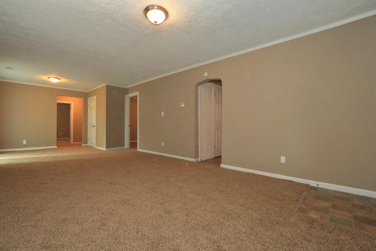$870 Three bedroom Apartment for rent