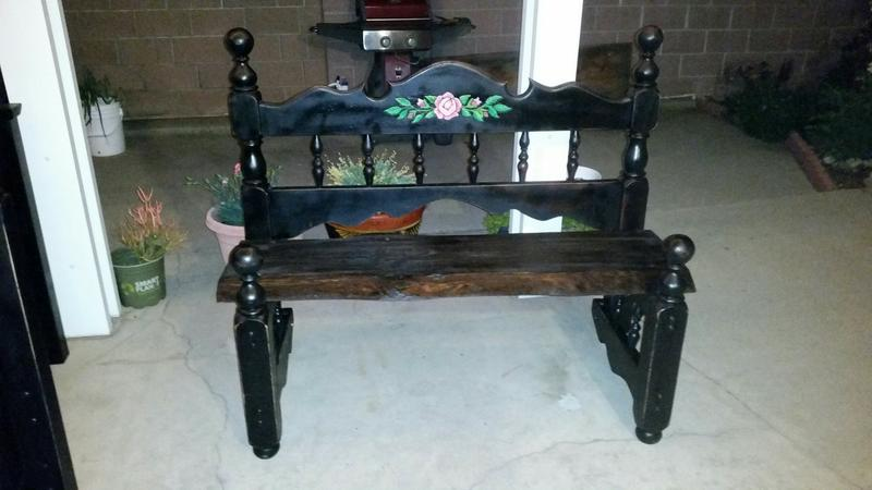 ROSE PAINTED BENCH
