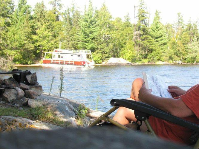 Houseboat Vacation Rental