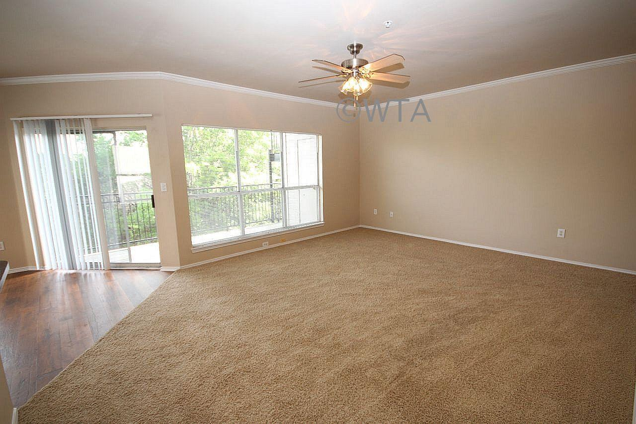 $1355 Two bedroom Townhouse for rent