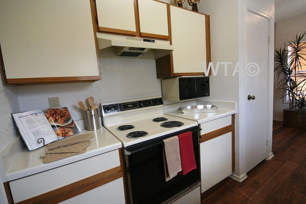 $827 One bedroom Apartment for rent