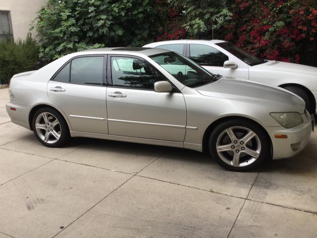 Lexus 2004 IS 300