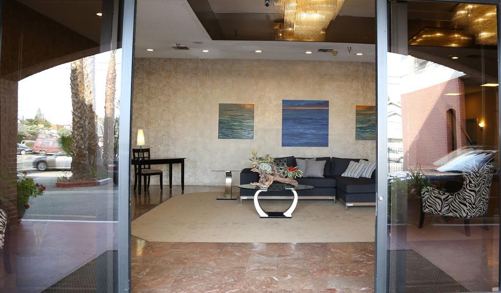 Redac Gateway Hotel