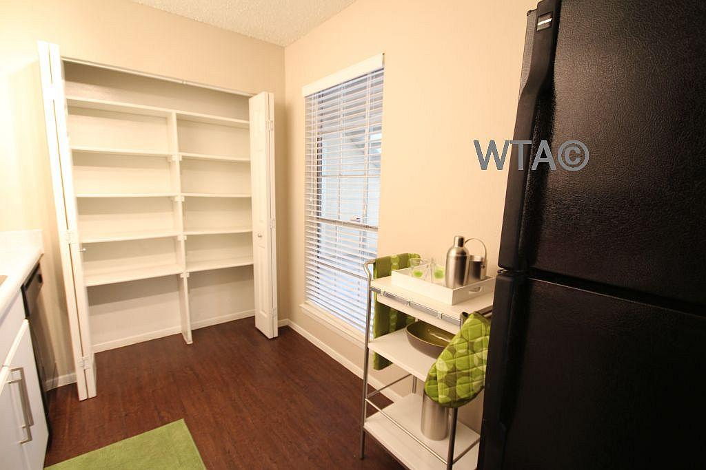 $949 One bedroom Apartment for rent