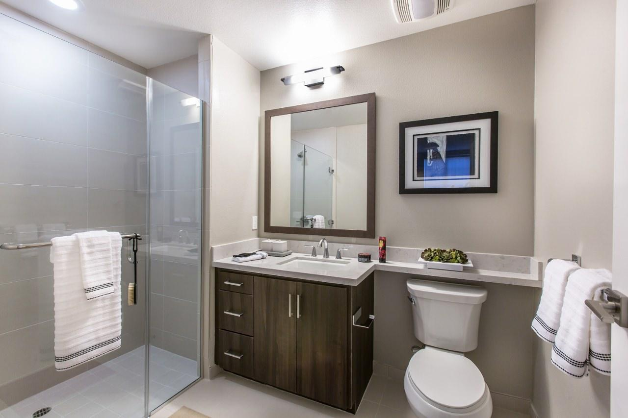 $4325 Two bedroom Apartment for rent