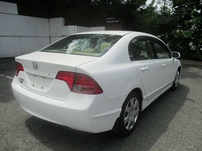 +*+*Cute honda civic for sale 2006 model