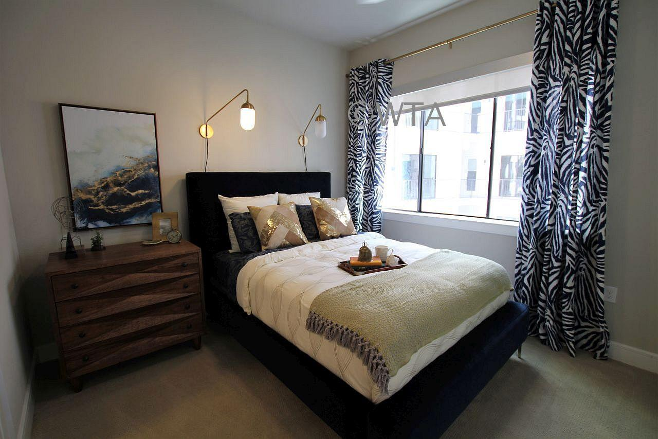 $3255 One bedroom Apartment for rent