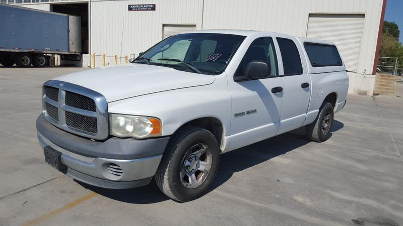 2002 DODGE RAM 1500 CREW CAB PICK UP TRUCK