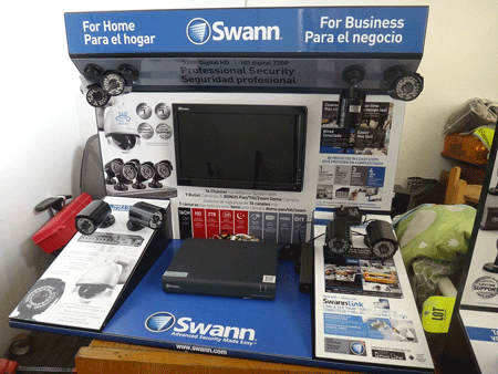 SWANN 16 CHANNEL DVR, 8 CAMERAS AND 15