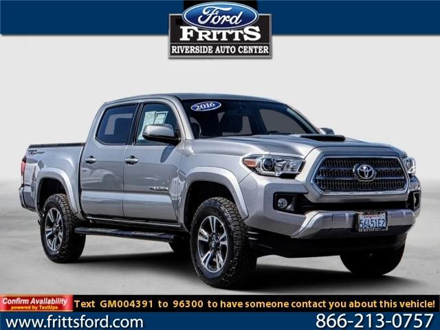 Toyota Tacoma 2WD Double Cab V6 AT TRD Sport 2016
