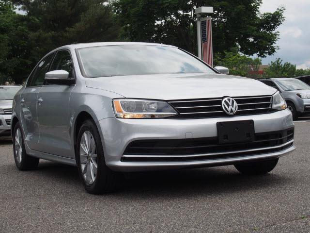 Volkswagen Jetta Sedan SE PZEV 2015