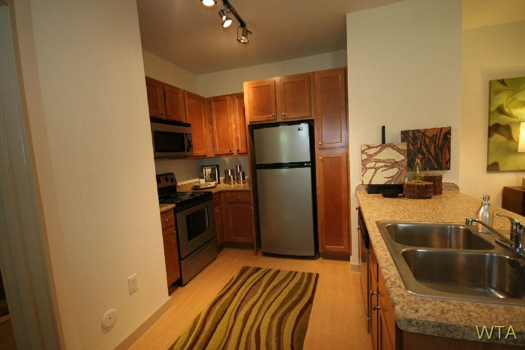 $1001 Studio Apartment for rent