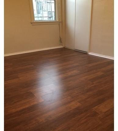 A Nicely Finished Unit Located In Mid.