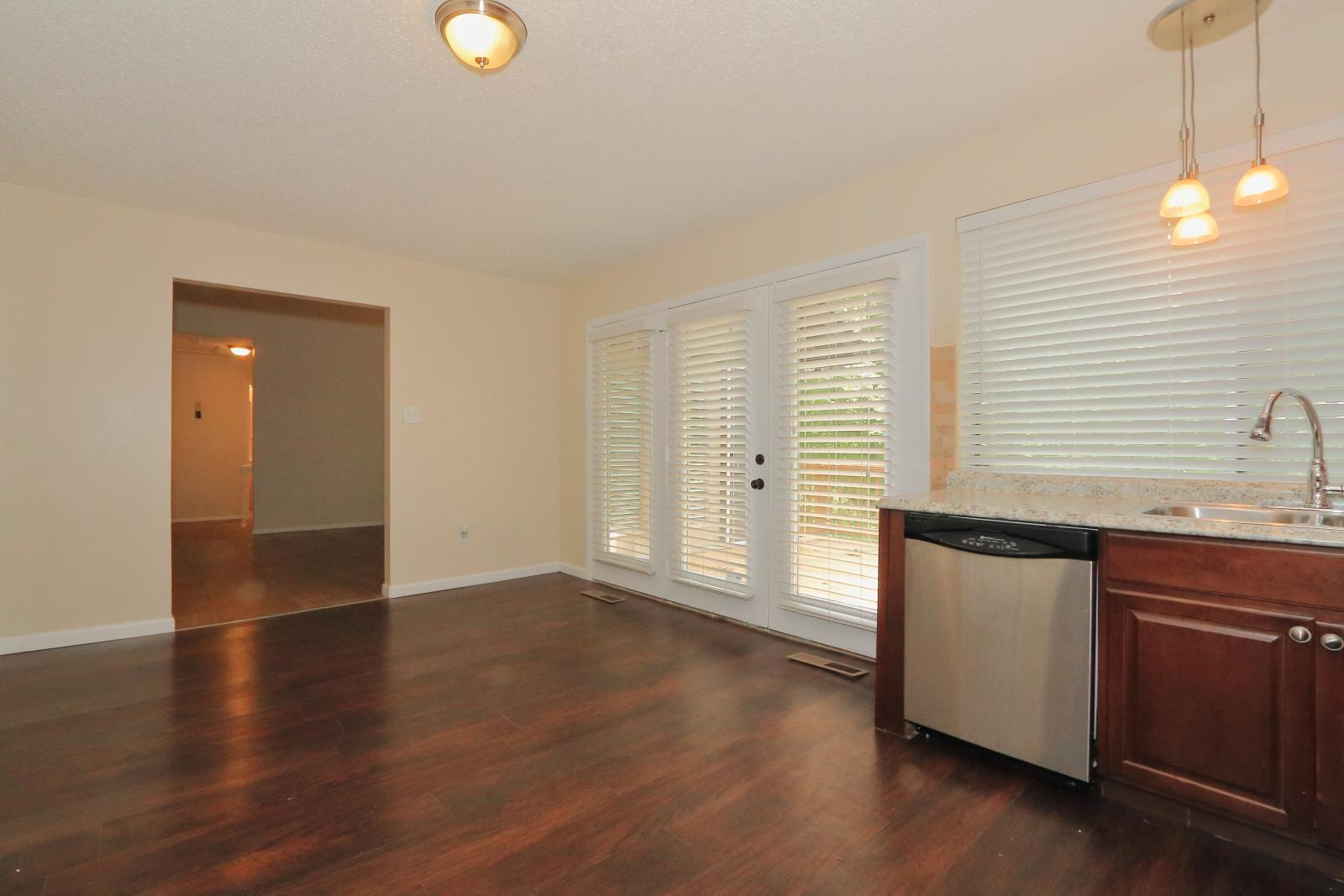 $1450 Four bedroom Apartment for rent