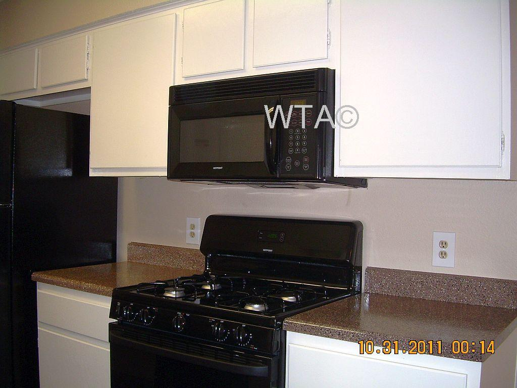 $1377 Three bedroom Townhouse for rent