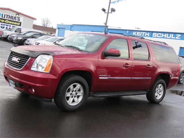 GMC Yukon XL SLT 2010