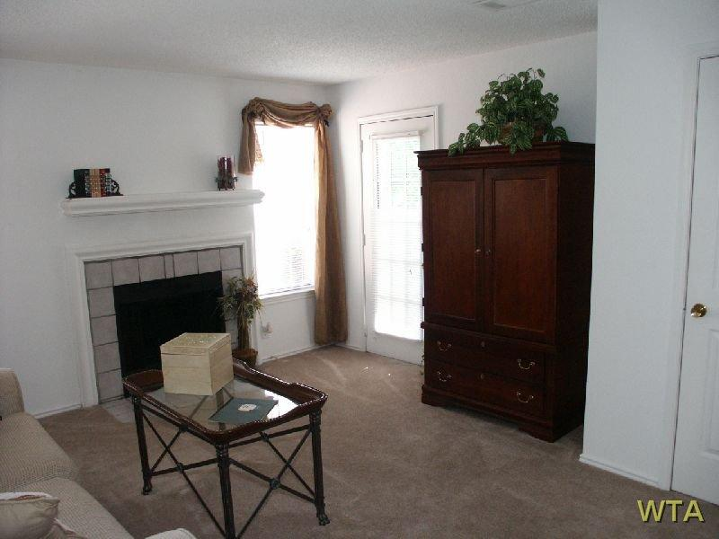 $810 One bedroom Apartment for rent