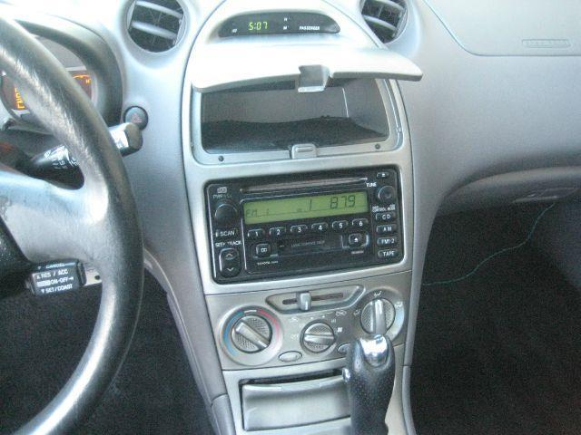 .Reduces price for 2001 Toyota Celica GT