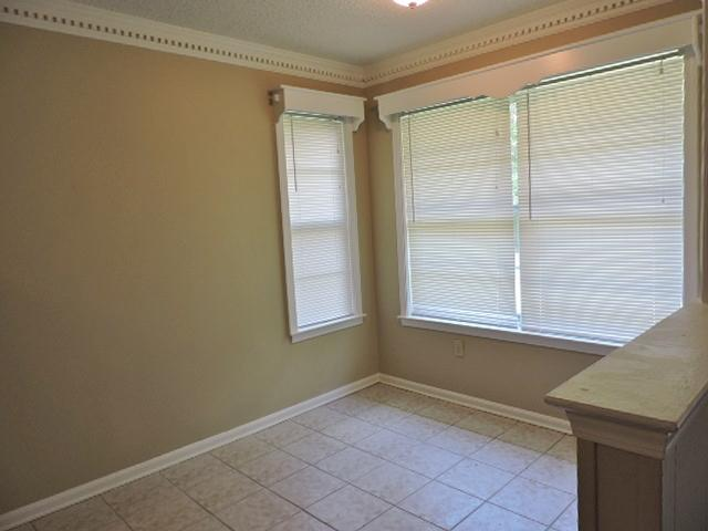 $1100 Four bedroom Apartment for rent