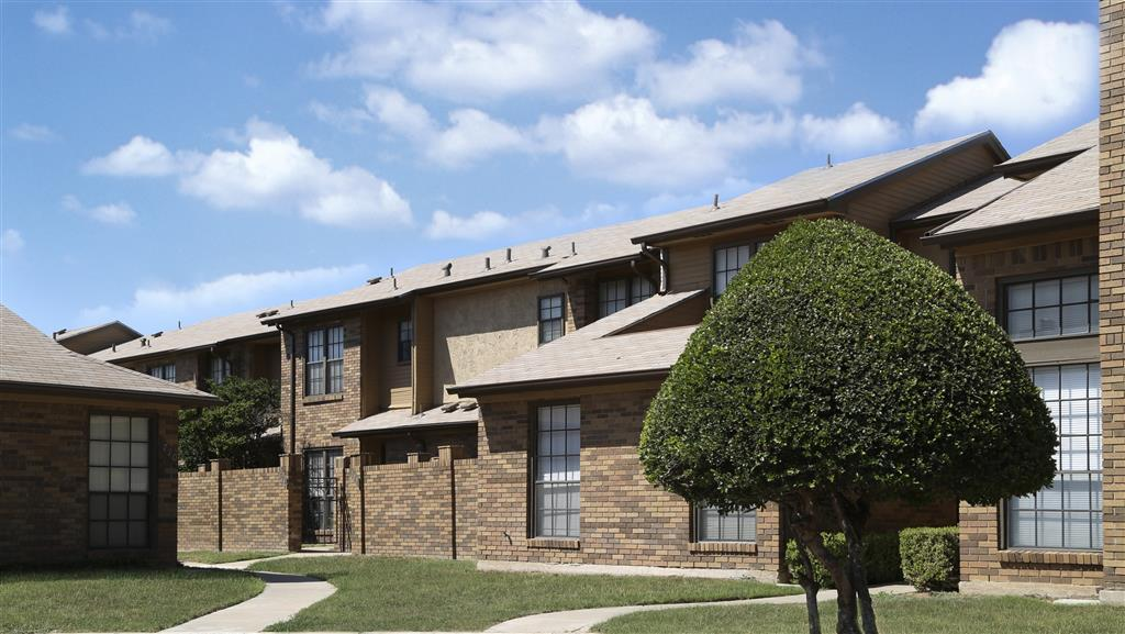 $3370 Three bedroom Apartment for rent