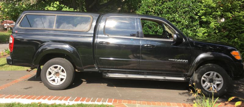 2004 Toyota Tundra great condition inside and out 112k miles recent repairs