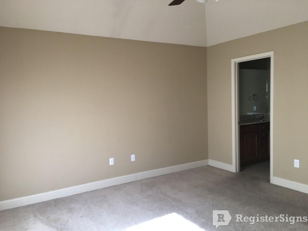 $1150 Three bedroom House for rent